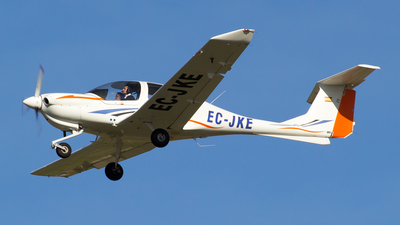 EC-JKE - Diamond DA-40 Diamond Star - Private