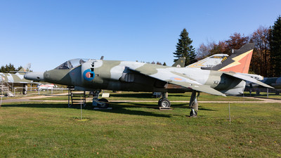 XZ998 - Hawker Siddeley Harrier GR.3 - United Kingdom - Royal Air Force (RAF)