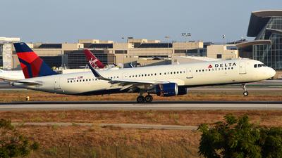 N118DY - Airbus A321-211 - Delta Air Lines