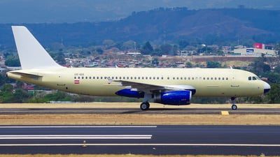 OE-IDS - Airbus A320-232 - Untitled