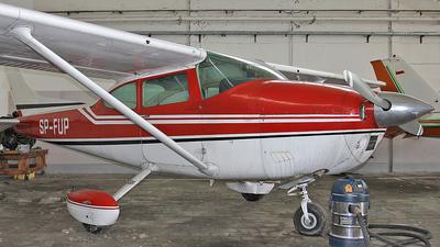 SP-FUP - Cessna 182Q Skylane II - Private