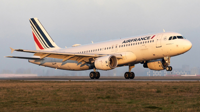 F-HBNJ - Airbus A320-214 - Air France