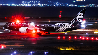 ZK-NZE - Boeing 787-9 Dreamliner - Air New Zealand