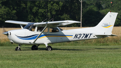 N37MT - Cessna 172S Skyhawk SP - Private
