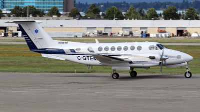 A picture of CGTEM - Beech 300 Super King Air 350 - Alkan Air - © Mike Klaybourne