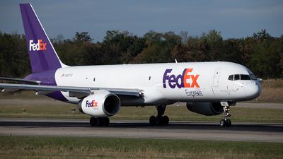 N927FD - Boeing 757-204(SF) - FedEx