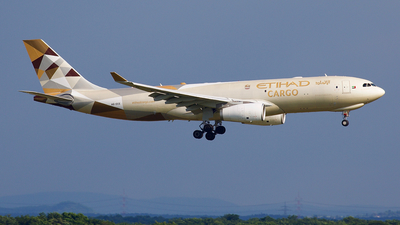 A6-DCE - Airbus A330-243F - Etihad Cargo