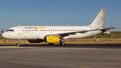 EC-MES - Airbus A320-232 - Vueling