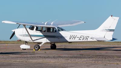 A picture of VHEVR - Cessna 172R Skyhawk - [17280252] - © Thimo van Dijk