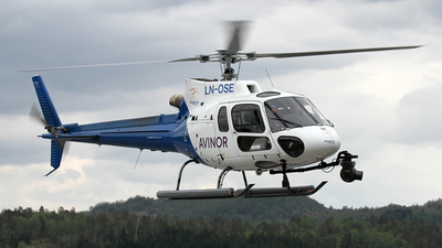 LN-OSE - Eurocopter AS 350B3 Ecureuil - Pegasus Helicopter