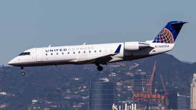 A picture of N472CA - Bombardier CRJ200ER - United Airlines - © Brandon Giacomin