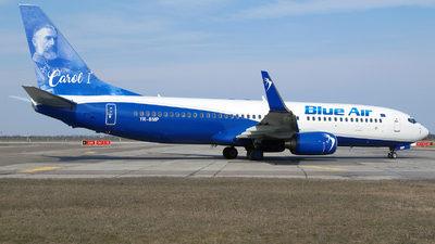 YR-BMP - Boeing 737-883 - Blue Air