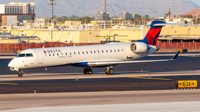 N617QX - Bombardier CRJ-701 - Delta Connection (SkyWest Airlines)
