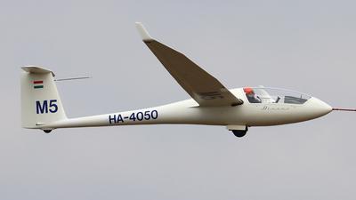 HA-4050 - Schempp-Hirth Discus B - Private