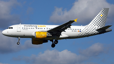 EC-MKV - Airbus A319-111 - Vueling Airlines
