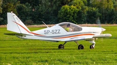 SP-SZZ - Aero AT-3 R100 - Private