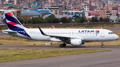 A picture of CCBFV - Airbus A320214 - LATAM Airlines - © Aldo Martinelli