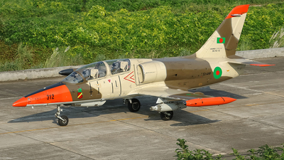 365312  - Aero L-39ZA Albatros - Bangladesh - Air Force