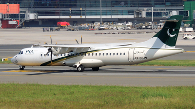 AP-BKW - ATR 72-212A(500) - Pakistan International Airlines (PIA)
