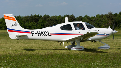 F-HKCL - Cirrus SR22 - Untitled