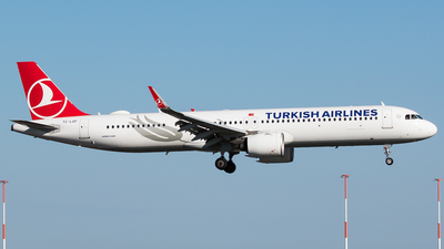 A picture of TCLSP - Airbus A321271NX - Turkish Airlines - © Teemu Pesonen