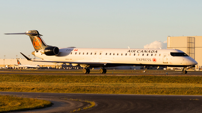 C-FCJZ - Bombardier CRJ-900LR - Air Canada Express (Jazz Aviation)