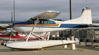 A picture of N66691 - Cessna 180K Skywagon - [18052954] - © Jeroen Stroes