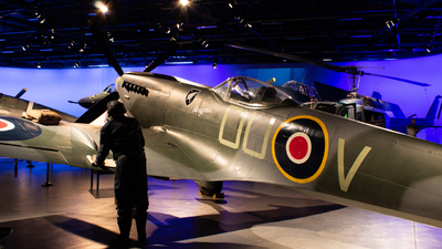 - Supermarine Spitfire Mk.XVI - Private