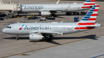 A picture of N835AW - Airbus A319132 - American Airlines - © Huy Do