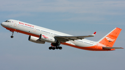 RA-64017 - Tupolev Tu-204-100 - Red Wings