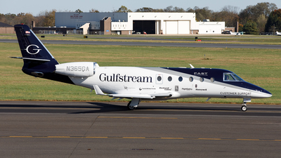 A picture of N365GA - Gulfstream G150 - [225] - © Cary Liao