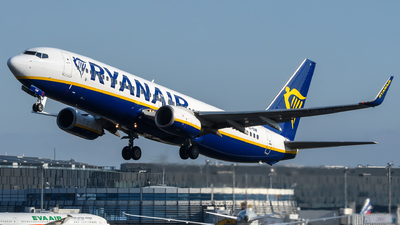 A picture of EIENF - Boeing 7378AS - Ryanair - © Chris Jilli