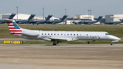 A picture of N609DP - Embraer ERJ145LR - American Airlines - © Devin R