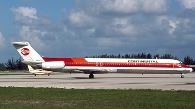 N809HA - McDonnell Douglas MD-81 - Continental Airlines