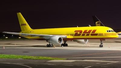 D-ALEQ - Boeing 757-2Q8(SF) - DHL (European Air Transport)