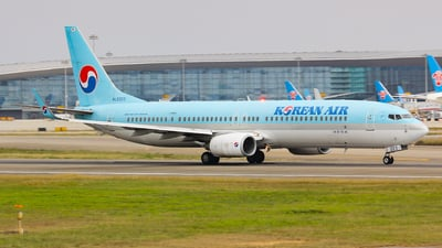 A picture of HL8223 - Boeing 7379B5(ER) - Korean Air - © Lywings