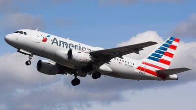 A picture of N770UW - Airbus A319112 - American Airlines - © John Newsome