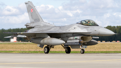 4059 - Lockheed Martin F-16C Fighting Falcon - Poland - Air Force