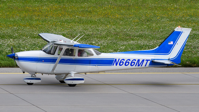 N666MT - Reims-Cessna F172M Skyhawk - Private