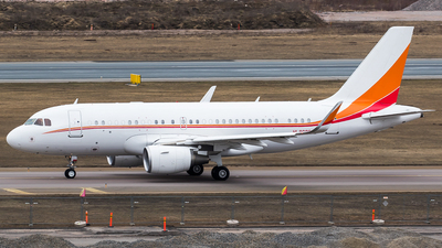 HL8080 - Airbus A319-115(CJ) - Private
