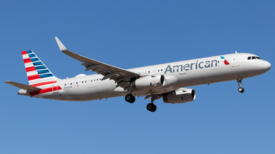 A picture of N136AN - Airbus A321231 - American Airlines - © Tim Keenan