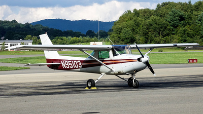 N95103 - Cessna 152 - Private