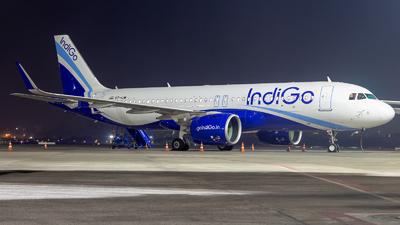A picture of VTIJW - Airbus A320271N - IndiGo - © Janam Parikh