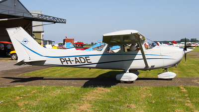 A picture of PHADE - Cessna F172M Skyhawk - [01118] - © C. v. Grinsven