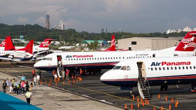 MPMG - Airport - Ramp