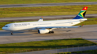 ZS-SXM - Airbus A330-343 - South African Airways