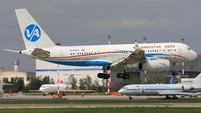 RA-64044 - Tupolev Tu-204-300 - Vladivostok Air