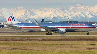N342AN - Boeing 767-323(ER) - American Airlines