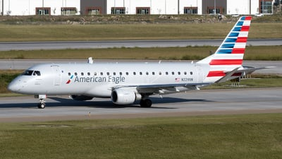 A picture of N229NN - Embraer E175LR - American Airlines - © zhangmx969