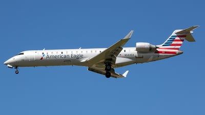 A picture of N544EA - Mitsubishi CRJ702ER - American Airlines - © Stephen J Stein